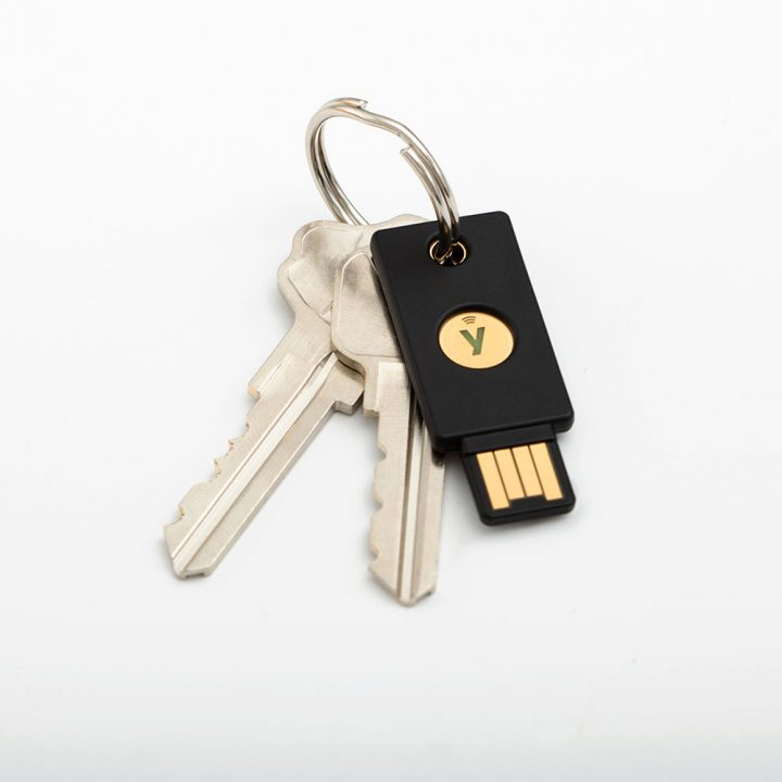 yubikey-5-on-key-ring-720x720